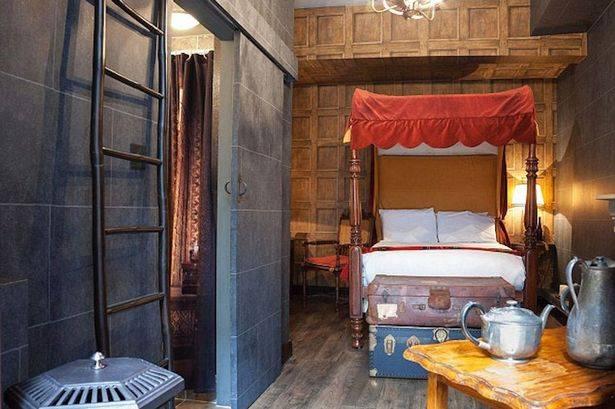 Harry-Potter-themed-Georgian-House-hotel