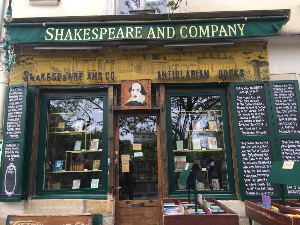 shakespeare-and-company-paris