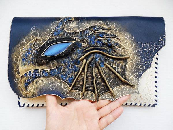Dragon Clutch from 10 of Etsy's Fanciest Book-Inspired Bags | BookRiot.com
