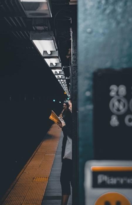 reading-on-public-transit-morning-commute