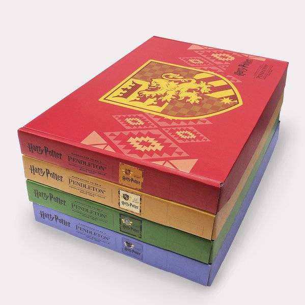 Harry Potter by Pendleton Four Blanket Set in boxes