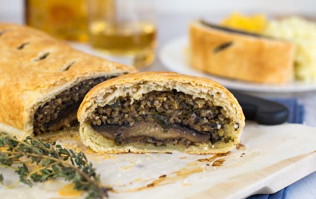 Burns Night vegetarian haggis supper idea   Bookriot.com