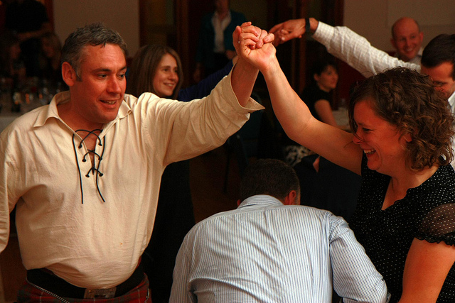 Burns Night ceilidh dancing party idea | Bookriot.com