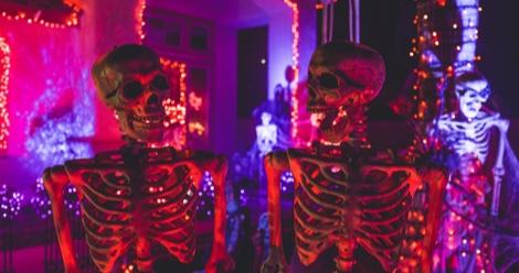 9 Short Horror Stories To Keep You Awake All Halloween Night