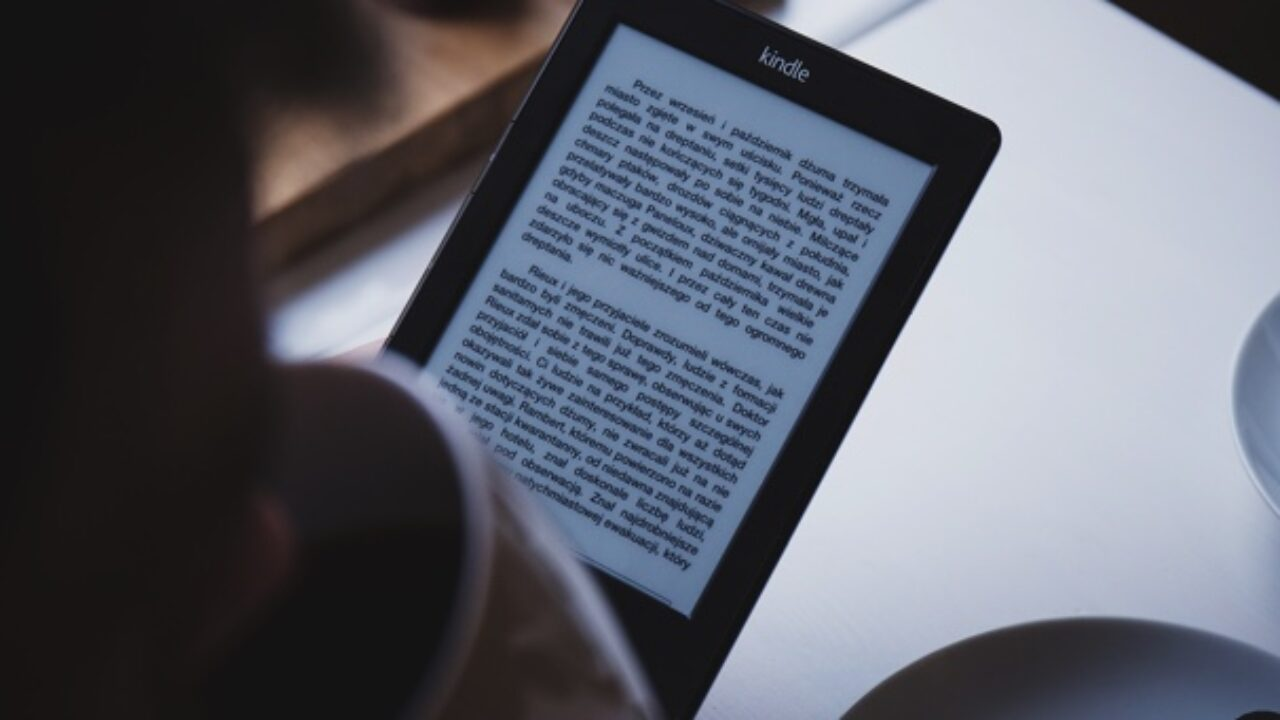 12 Of The Best Tablets for Reading in 2020 | Book Riot
