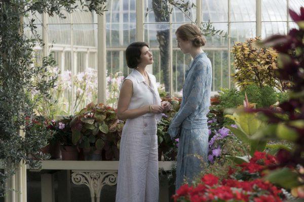 Gemma Arterton and Elizabeth Debicki in Vita and Virginia