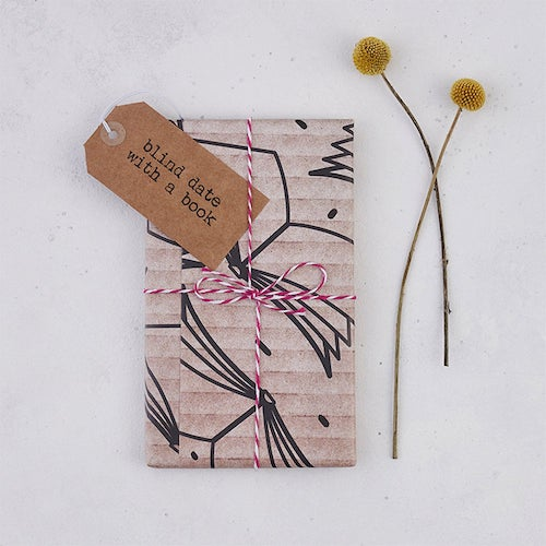 BookishlyHQ's blind date with a book