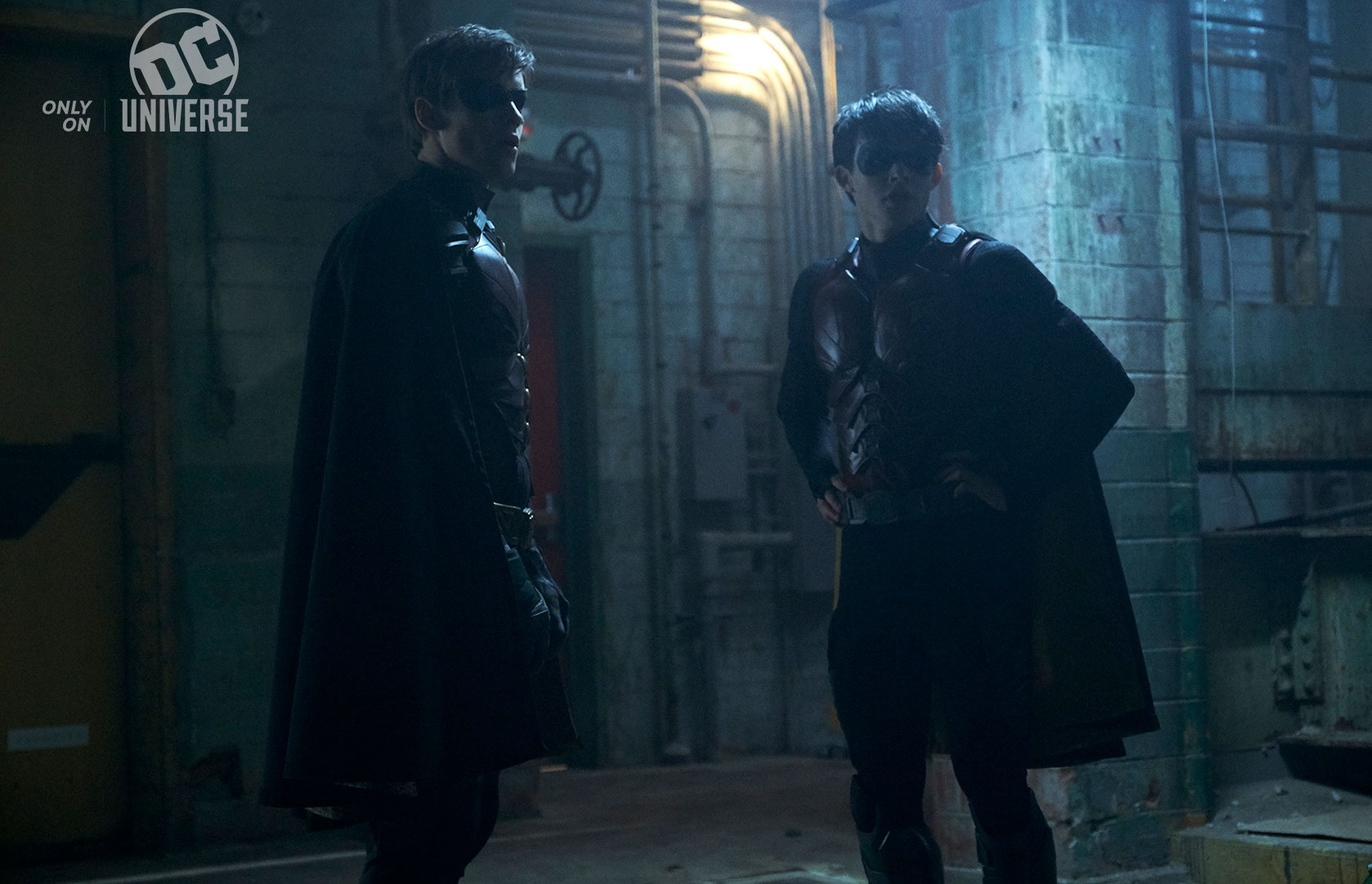 https://www.dccomics.com/blog/2018/09/14/the-robins-face-off-in-new-titans-images